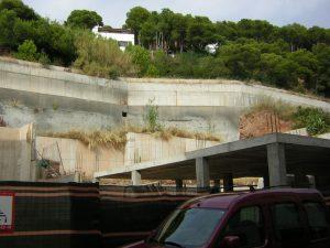 Estudi geotècnic pel projecte de recalçament d'un mur de contenció - L'Estartit